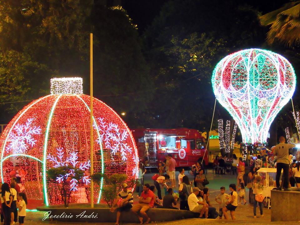 Decoração de Natal Praças de Varginha