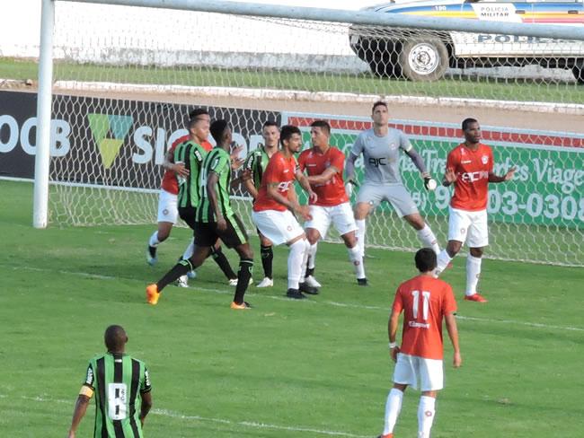 Boa Esporte perde de virada para o América por 2 a 1 em Varginha ec084810e31e7